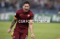 "Manuel Iturbe intanto Twitta: ""Che Roma"""