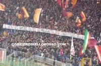 """Roma-Samp, striscione per De Rossi: """"Condottiero della città"""" (FOTO)"""