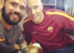 "Instagram, Castan a Skorupski: ""Tanti auguri amico mio"""