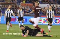 Mercato Roma, per Nainggolan pronti 3,5 milioni all'anno dalla Juventus