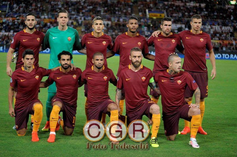 556c3f3861 Davanti a quasi 40 mila spettatori la Roma esce pesantemente sconfitta dal  Porto nei preliminari di Champions League, non solo per i gol subiti ma  anche per ...